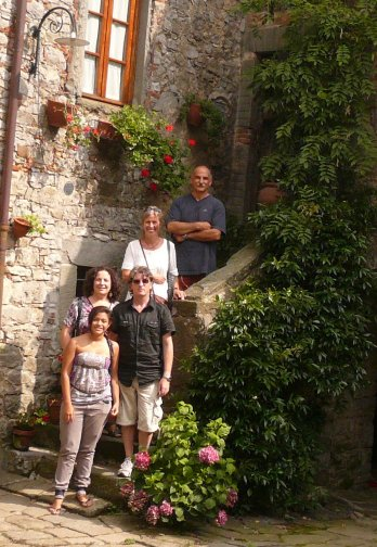 Lucca-Italian-School-teachers-Angelo-Daniela-Eva
