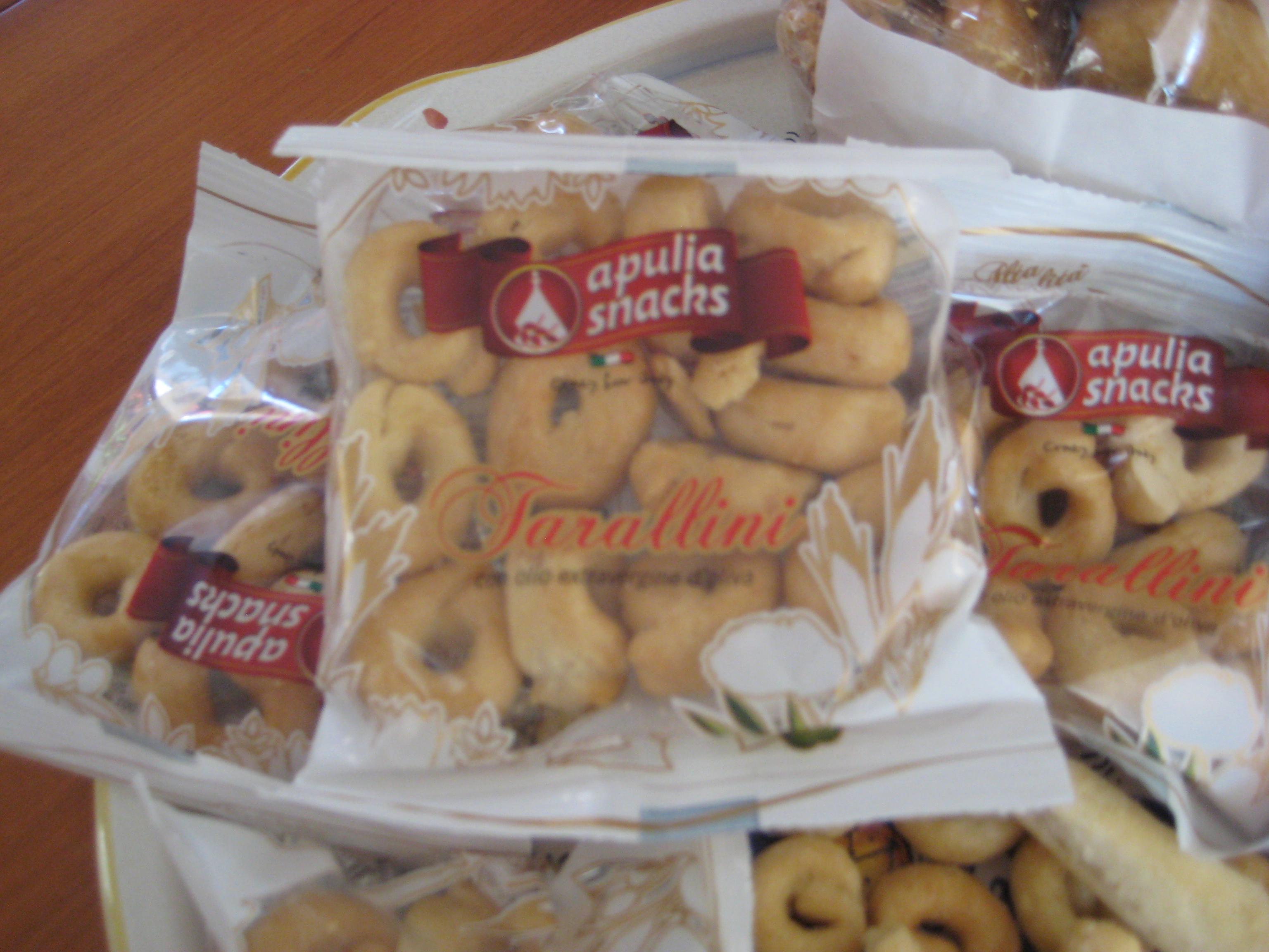 taralli-specialita-puglia-italian-crackers-snack-food-recipe